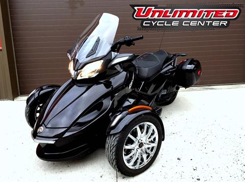 2013 Can-Am Spyder® ST Limited in Tyrone, Pennsylvania