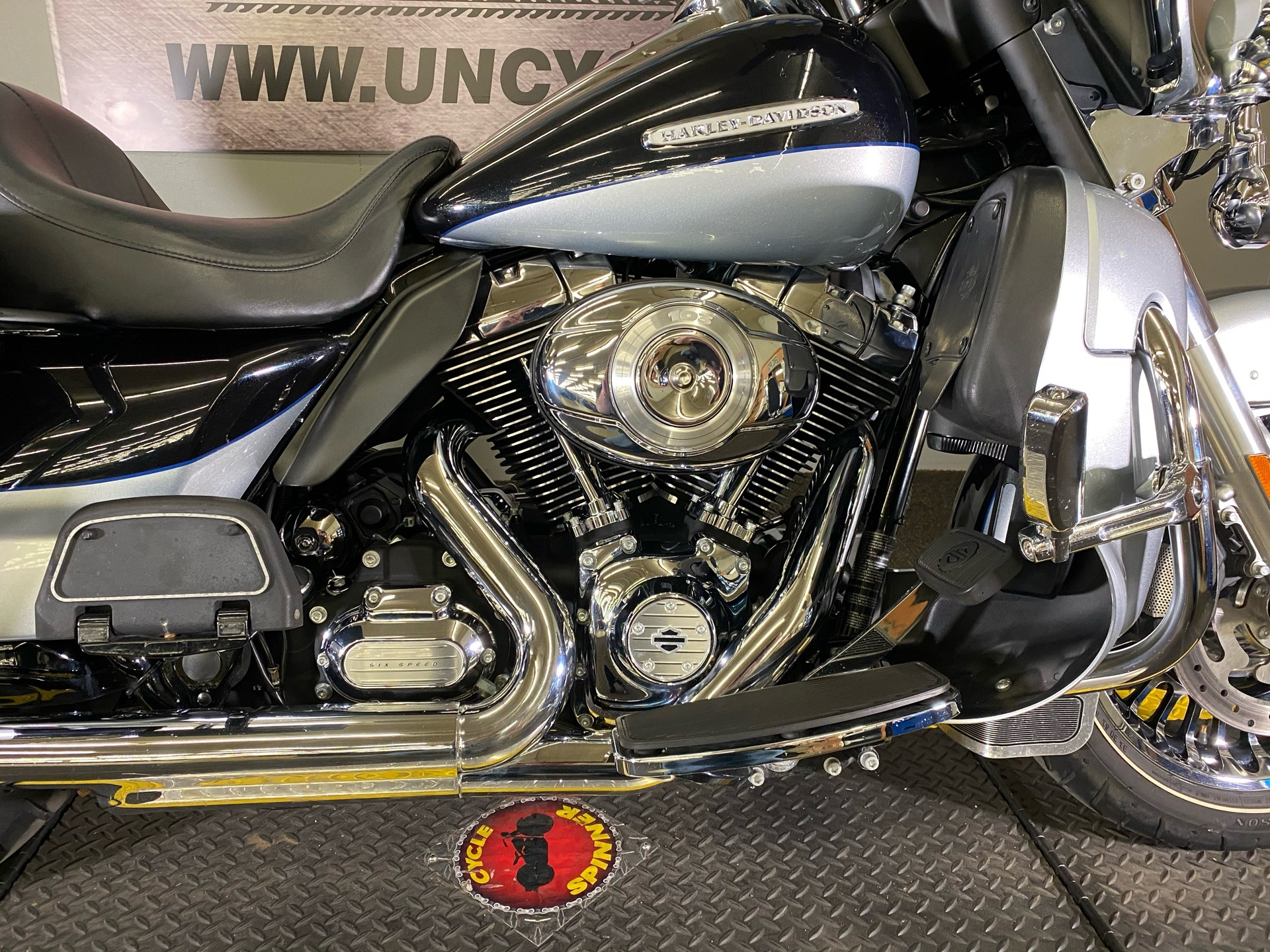 2012 Harley-Davidson Electra Glide® Ultra Limited in Tyrone, Pennsylvania - Photo 3