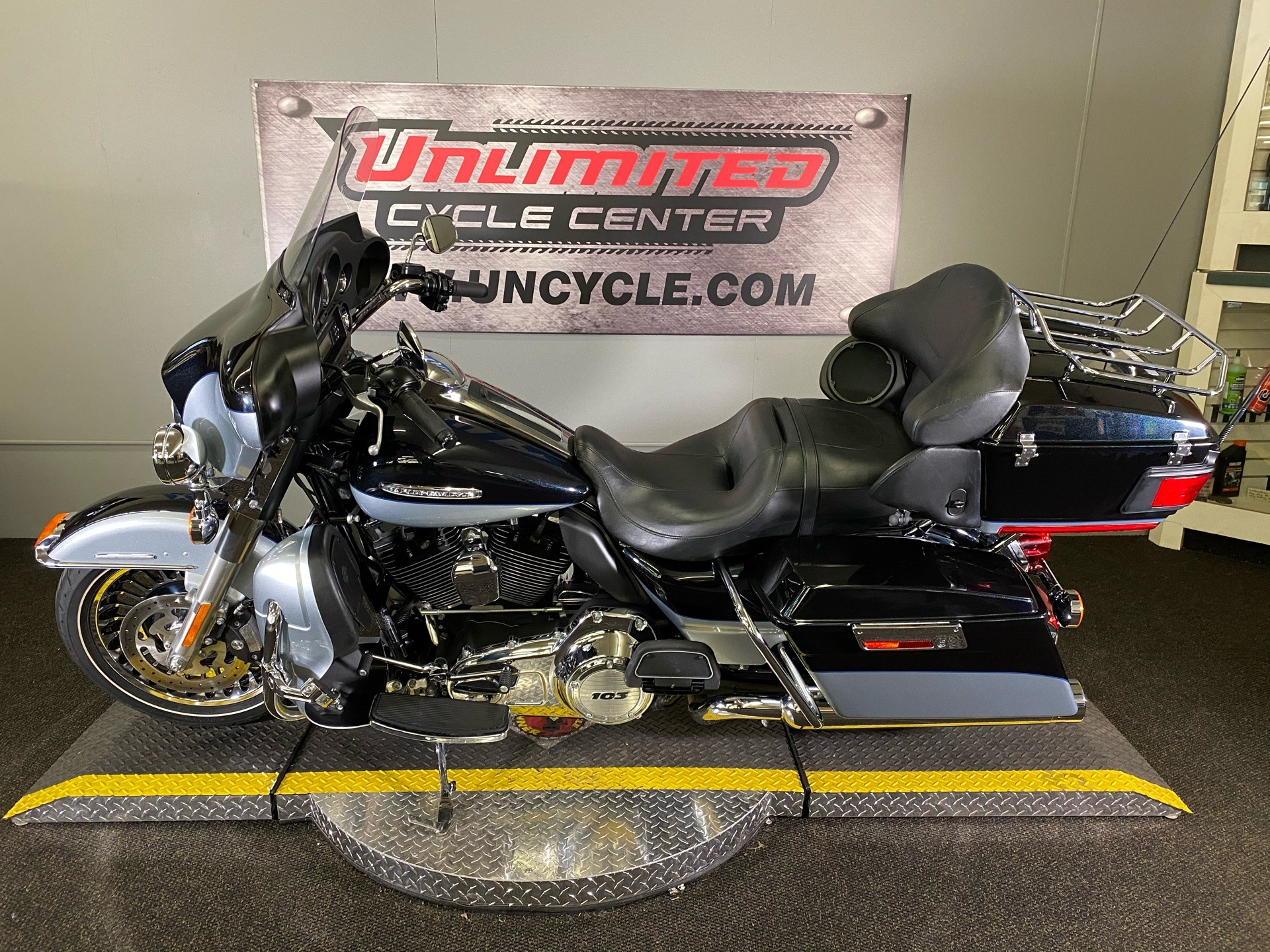 2012 Harley-Davidson Electra Glide® Ultra Limited in Tyrone, Pennsylvania - Photo 5