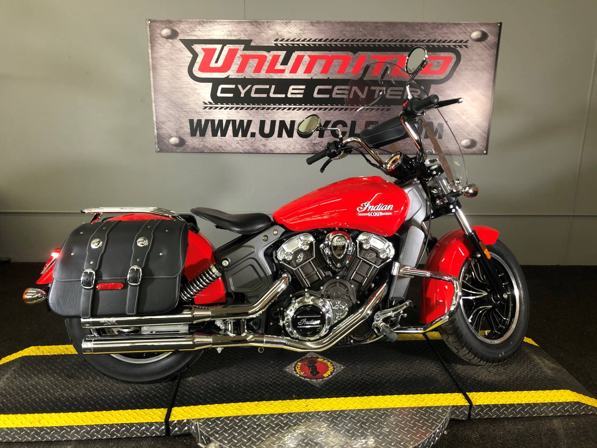 2016 Indian Scout™ in Tyrone, Pennsylvania - Photo 2