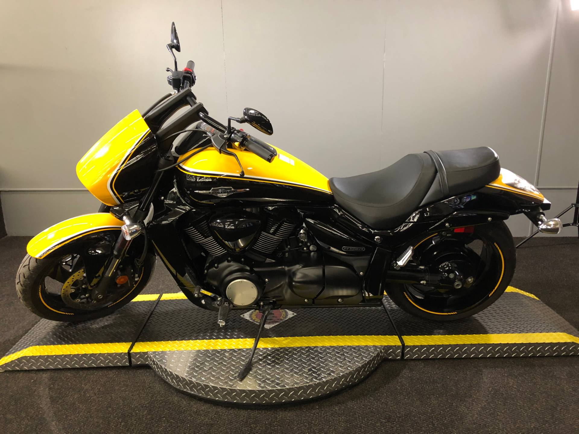 2014 Suzuki Boulevard M109R B.O.S.S. in Tyrone, Pennsylvania - Photo 3