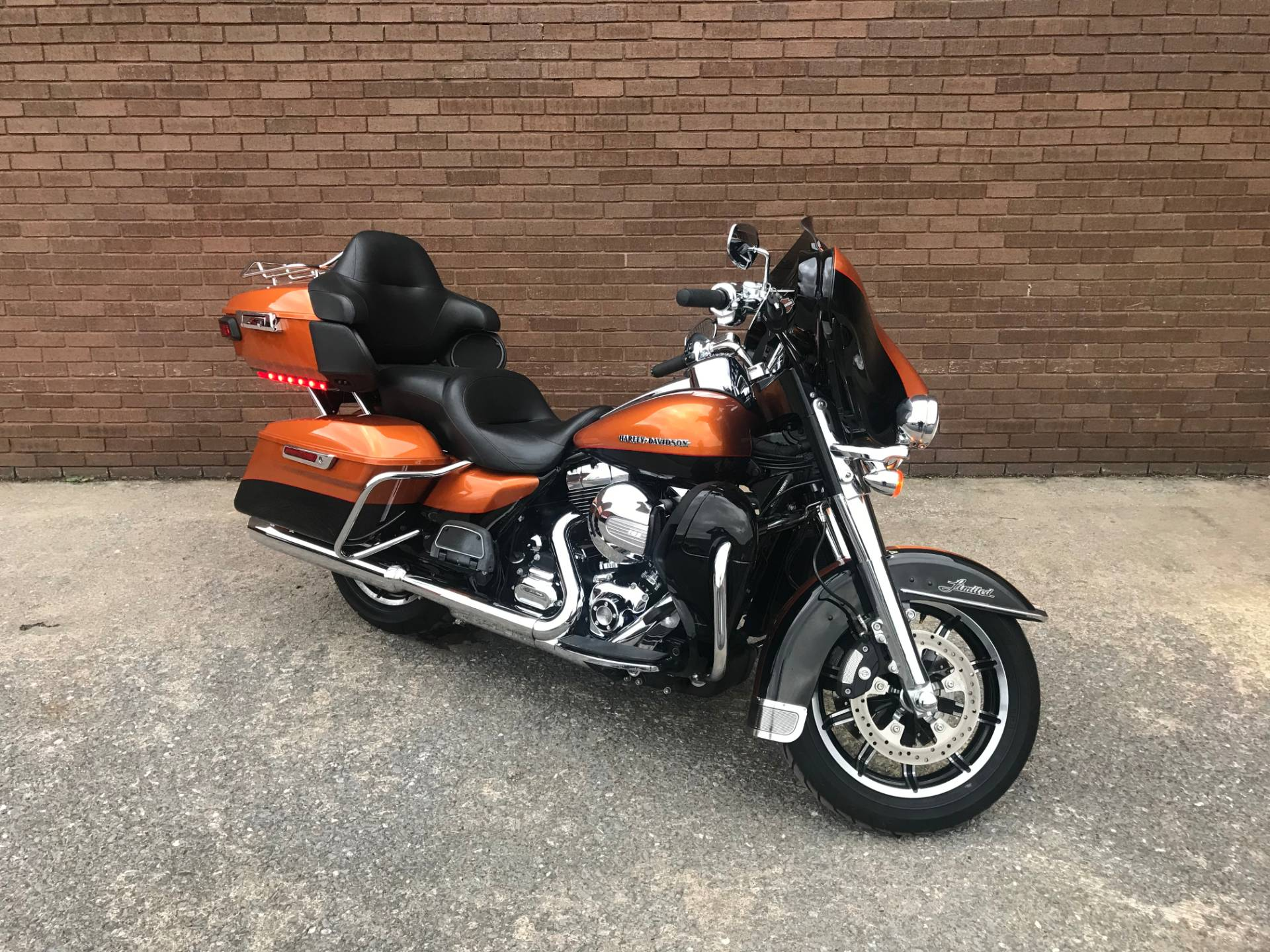 2014 Harley-Davidson Ultra Limited in Tyrone, Pennsylvania - Photo 2