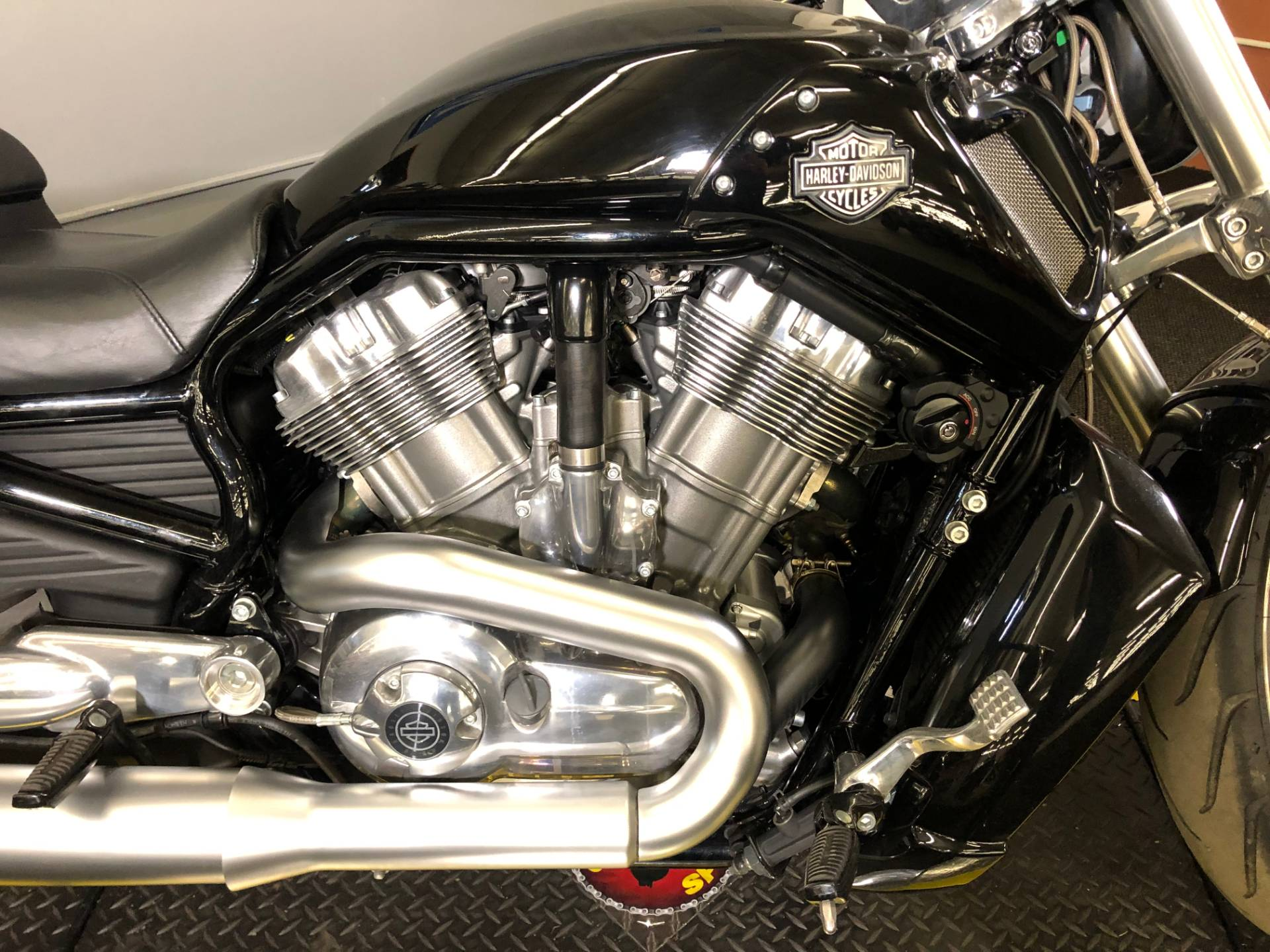 2014 Harley-Davidson V-Rod Muscle® in Tyrone, Pennsylvania - Photo 4