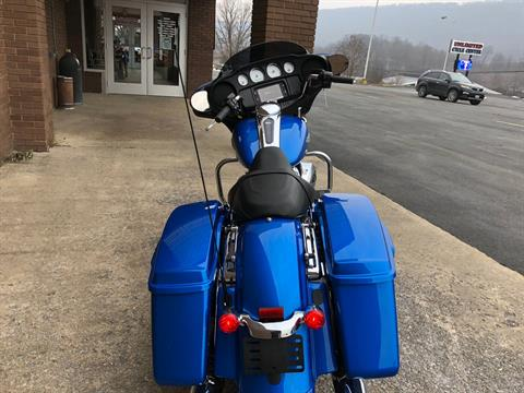 2018 Harley-Davidson Street Glide® in Tyrone, Pennsylvania - Photo 9