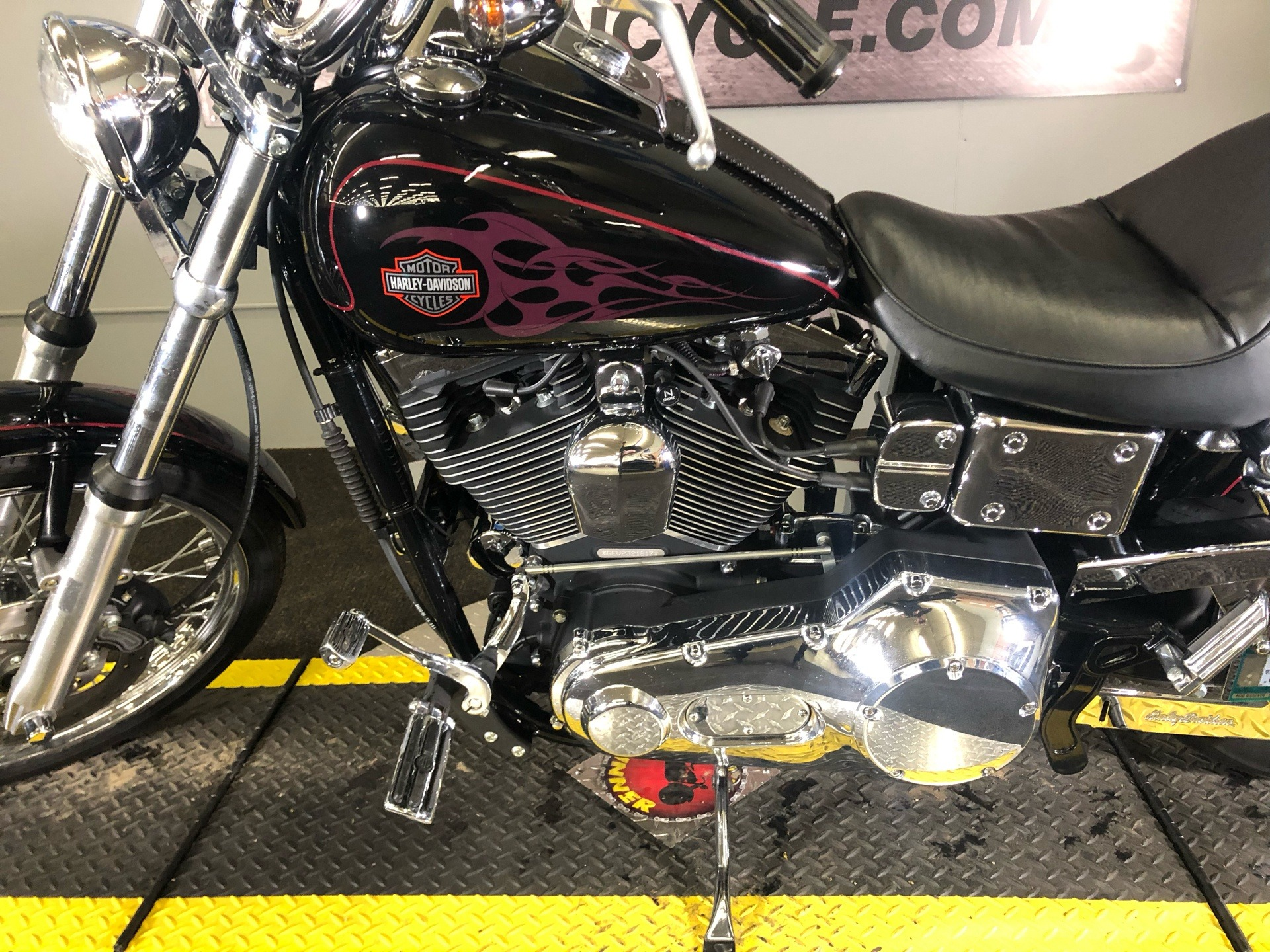 2002 Harley-Davidson FXDWG Dyna Wide Glide® in Tyrone, Pennsylvania - Photo 11