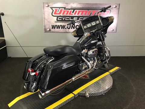 2018 Harley-Davidson Street Glide® in Tyrone, Pennsylvania - Photo 14