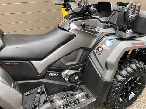 2017 Can-Am Outlander MAX XT 650 in Tyrone, Pennsylvania - Photo 8