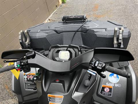 2017 Can-Am Outlander MAX XT 650 in Tyrone, Pennsylvania - Photo 9