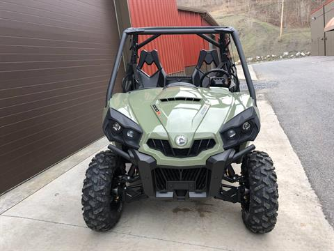 2019 Can-Am Commander DPS 1000R in Tyrone, Pennsylvania - Photo 2