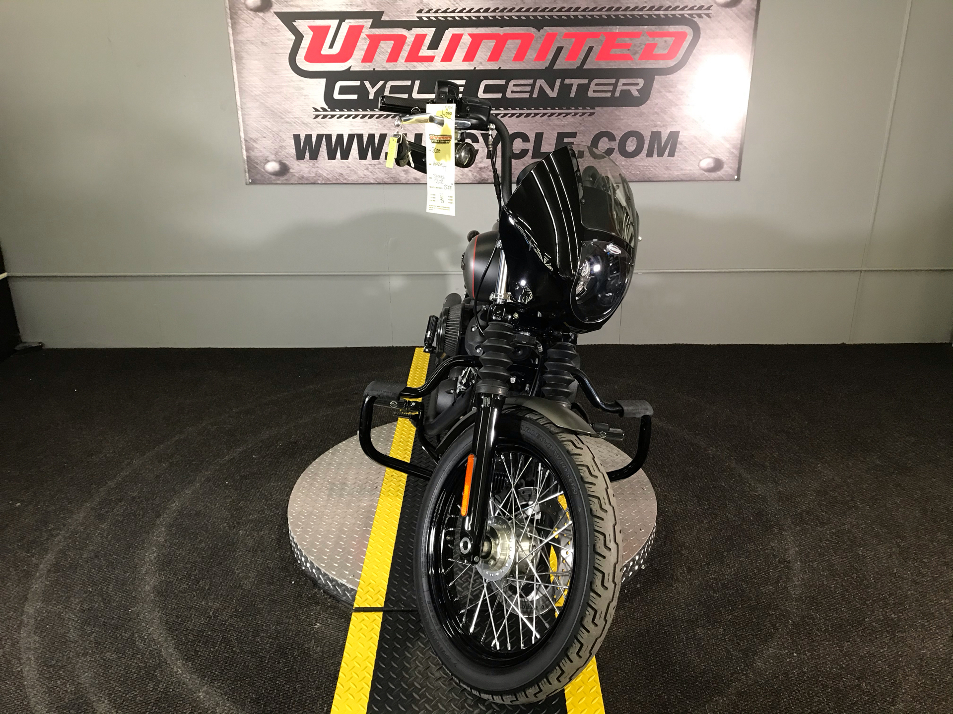 2018 Harley-Davidson Street Bob® 107 in Tyrone, Pennsylvania - Photo 5