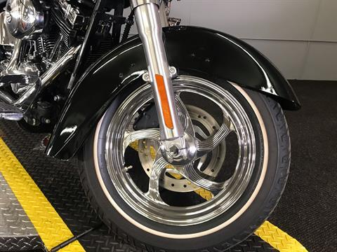 2002 Harley-Davidson FLSTC/FLSTCI Heritage Softail® Classic in Tyrone, Pennsylvania - Photo 6