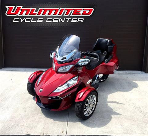 2015 Can-Am Spyder® RT Limited in Tyrone, Pennsylvania