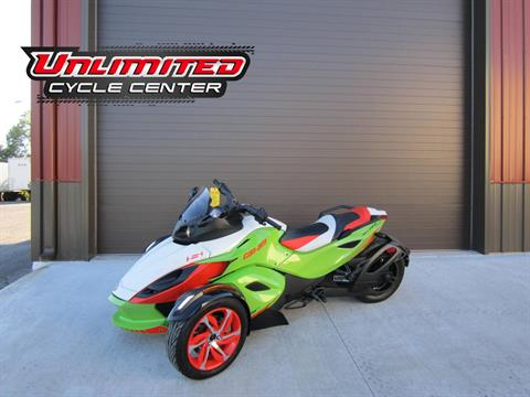 2015 Can-Am Spyder® RS-S Special Series SE5 in Tyrone, Pennsylvania