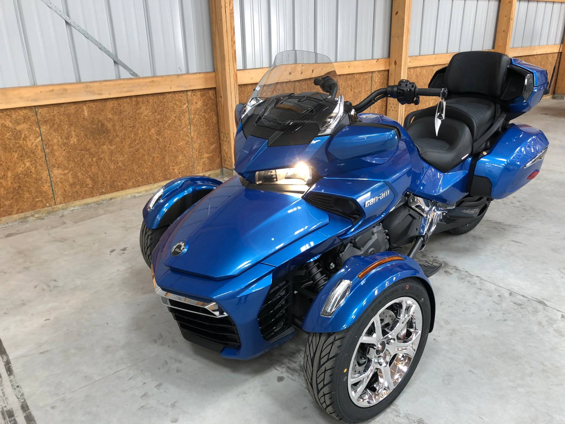2019 Can-Am Spyder F3 Limited in Tyrone, Pennsylvania - Photo 2