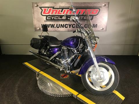 2004 Honda Shadow Sabre in Tyrone, Pennsylvania - Photo 1