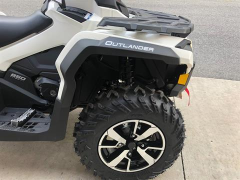 2020 Can-Am Outlander Max North Edition 850 in Tyrone, Pennsylvania - Photo 4