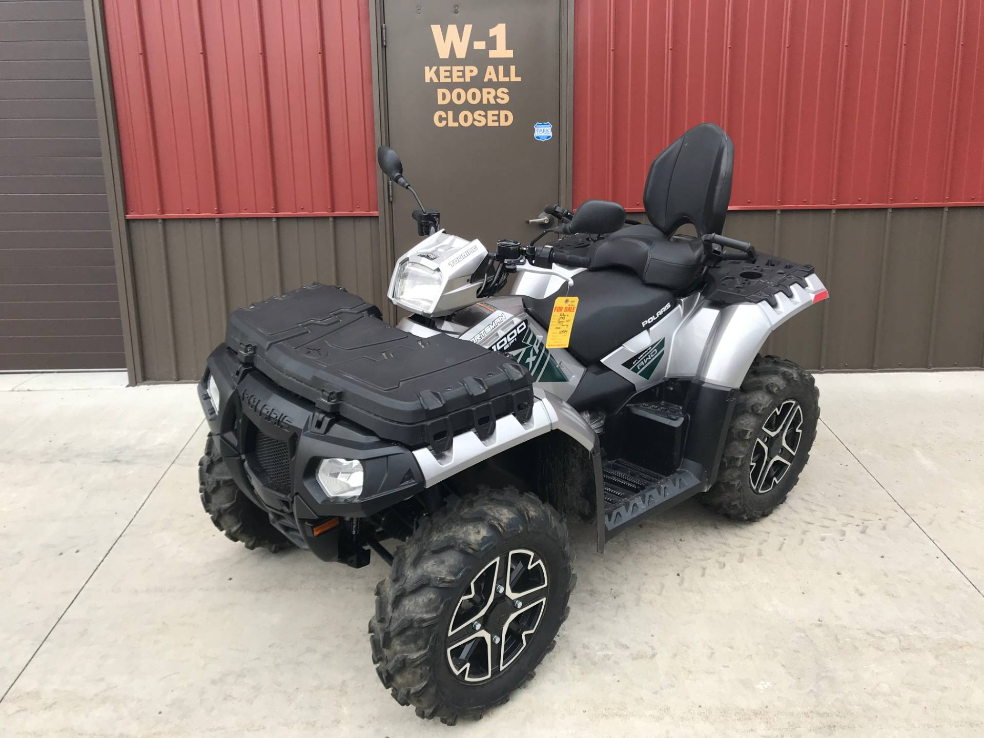 2018 Polaris Sportsman Touring XP 1000 in Tyrone, Pennsylvania - Photo 2