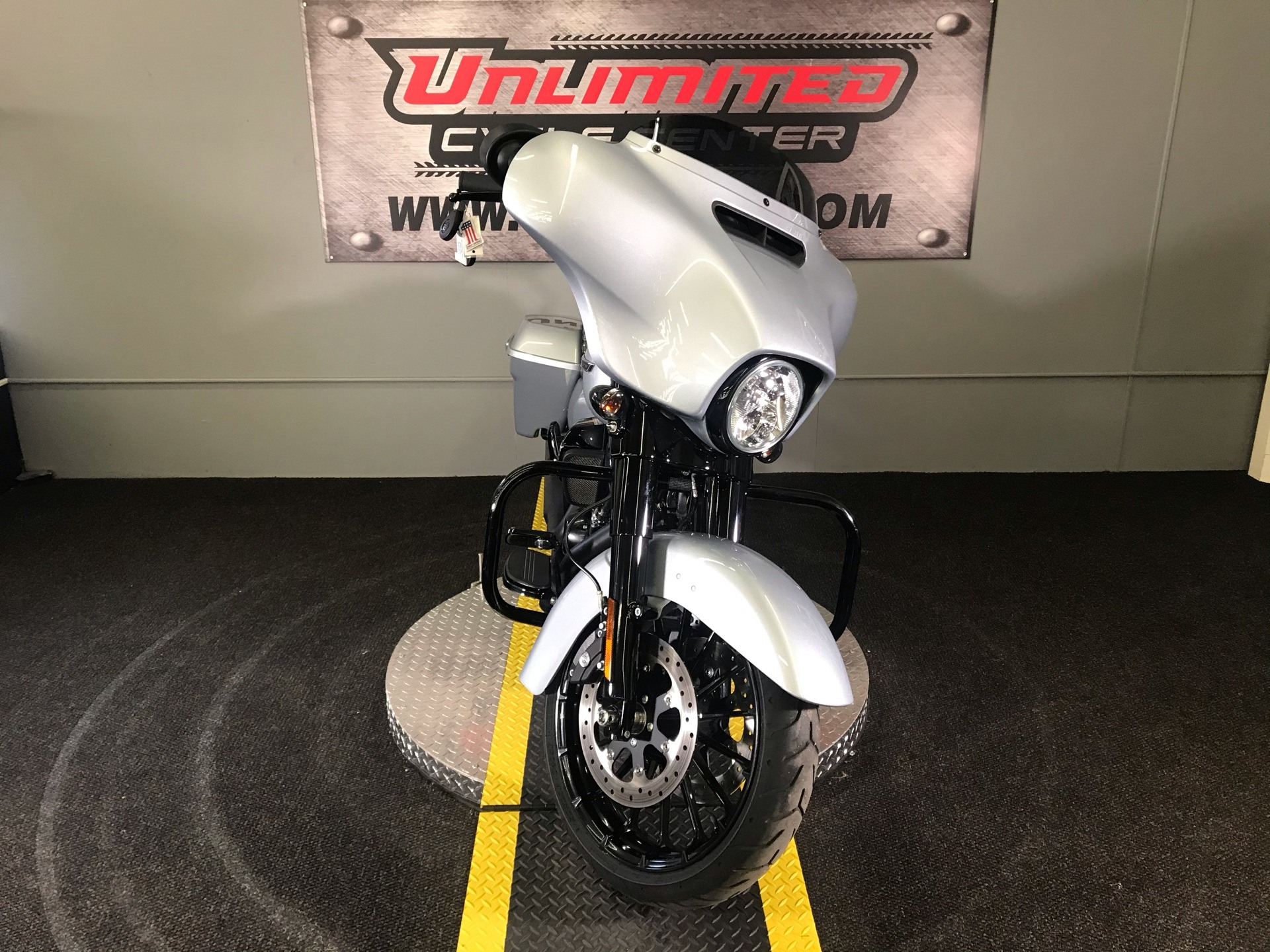 2019 Harley-Davidson Street Glide® Special in Tyrone, Pennsylvania - Photo 11