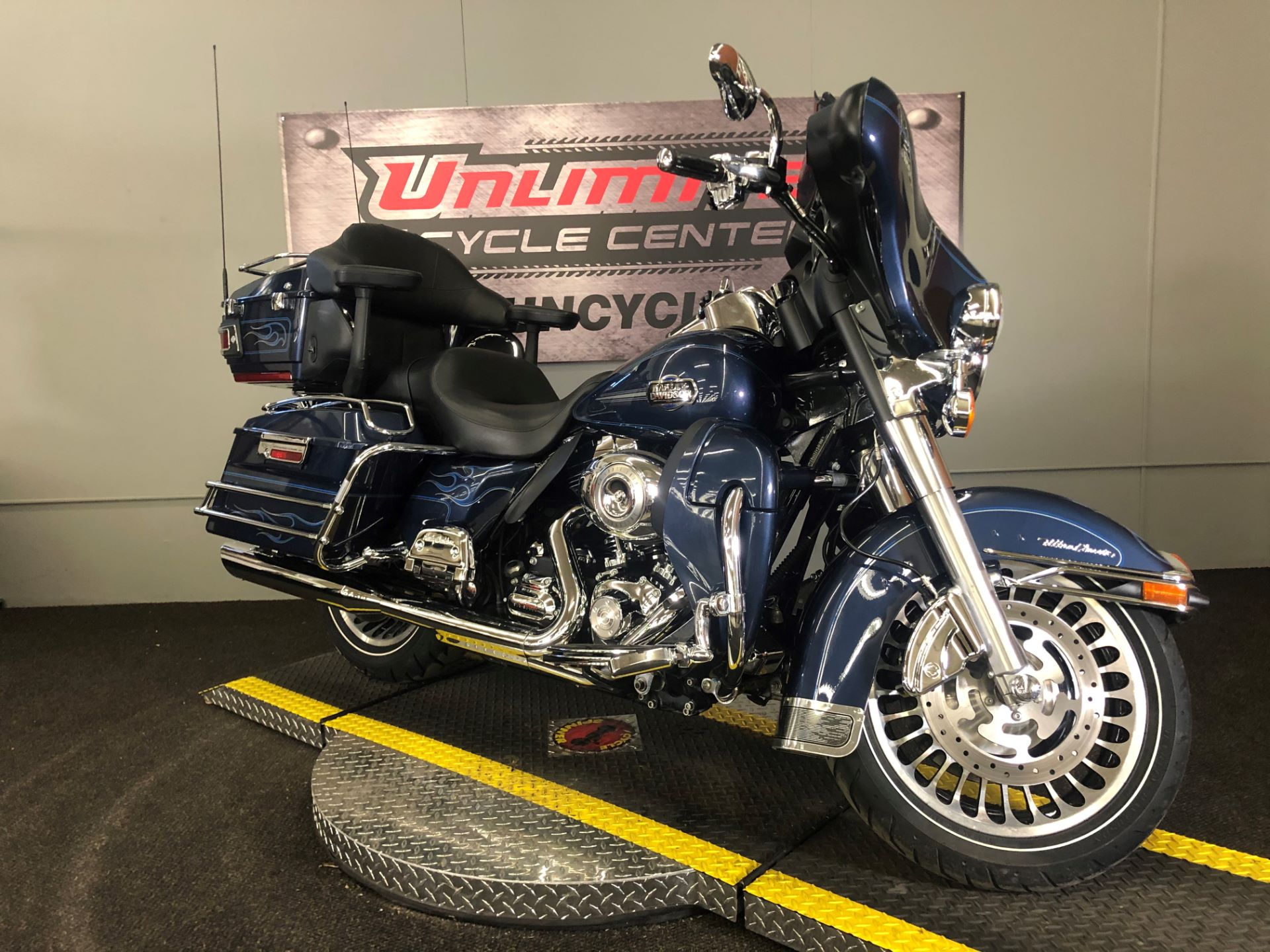 2009 Harley-Davidson Ultra Classic® Electra Glide® in Tyrone, Pennsylvania - Photo 1