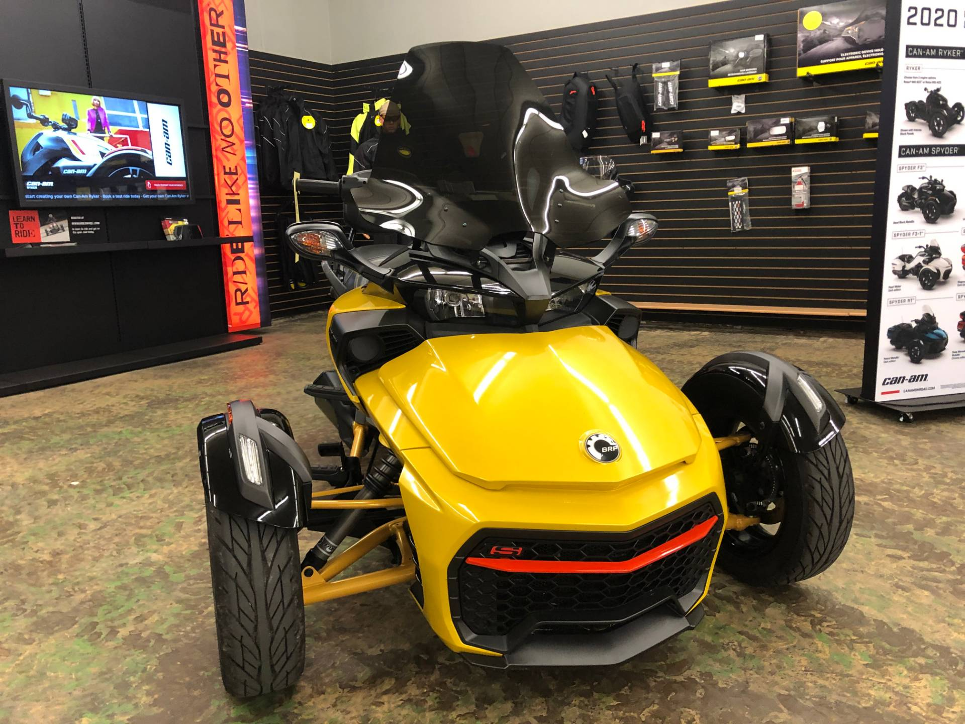 2017 Can-Am Spyder F3-S Daytona 500 SM6 in Tyrone, Pennsylvania - Photo 2