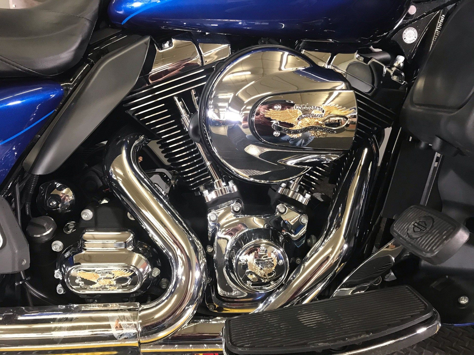 2015 Harley-Davidson Ultra Limited in Tyrone, Pennsylvania - Photo 2