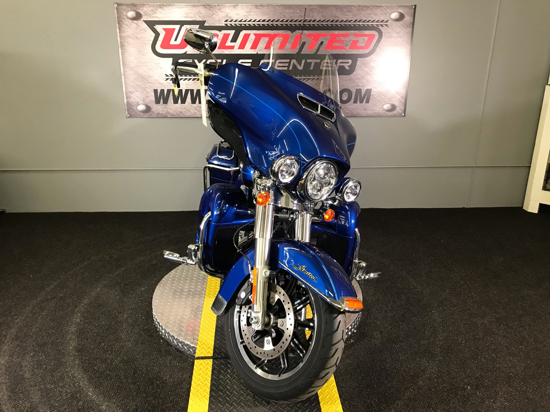2015 Harley-Davidson Ultra Limited in Tyrone, Pennsylvania - Photo 3
