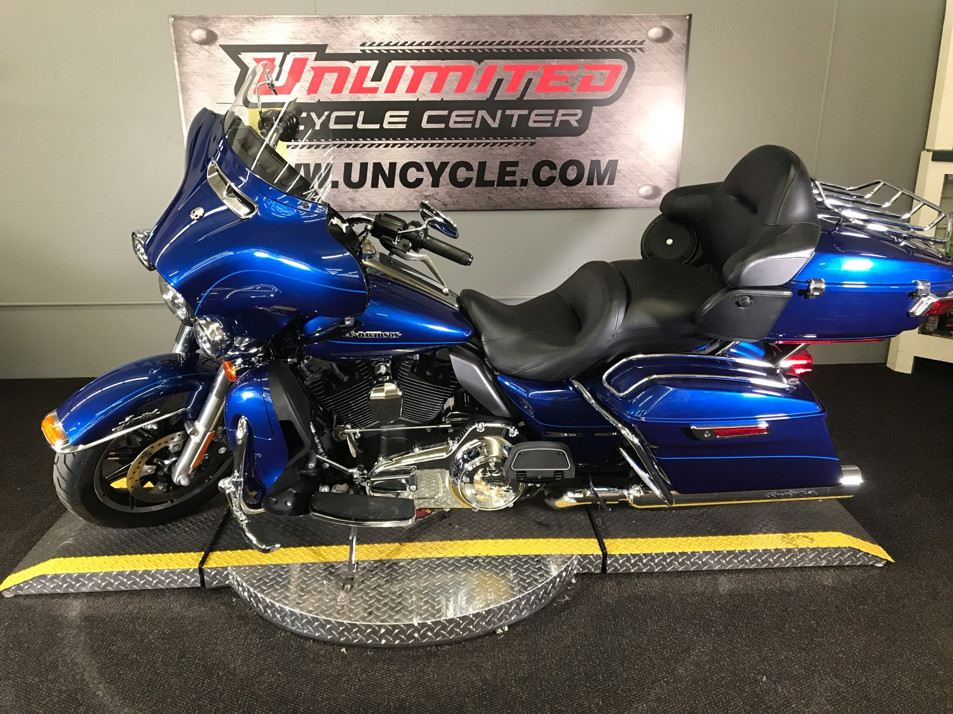 2015 Harley-Davidson Ultra Limited in Tyrone, Pennsylvania - Photo 6