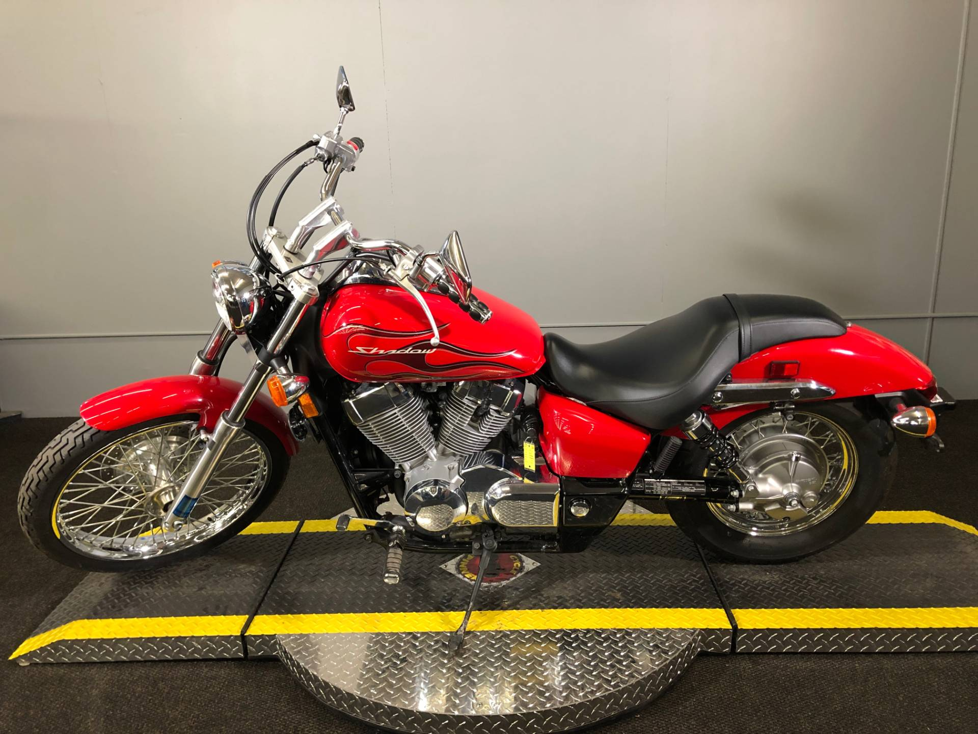 2007 Honda Shadow Spirit™ 750 C2 in Tyrone, Pennsylvania - Photo 5