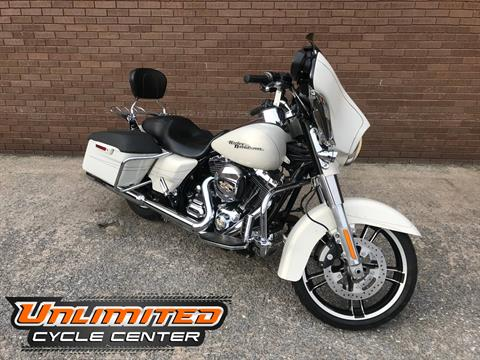 2015 Harley-Davidson Street Glide® Special in Tyrone, Pennsylvania - Photo 1