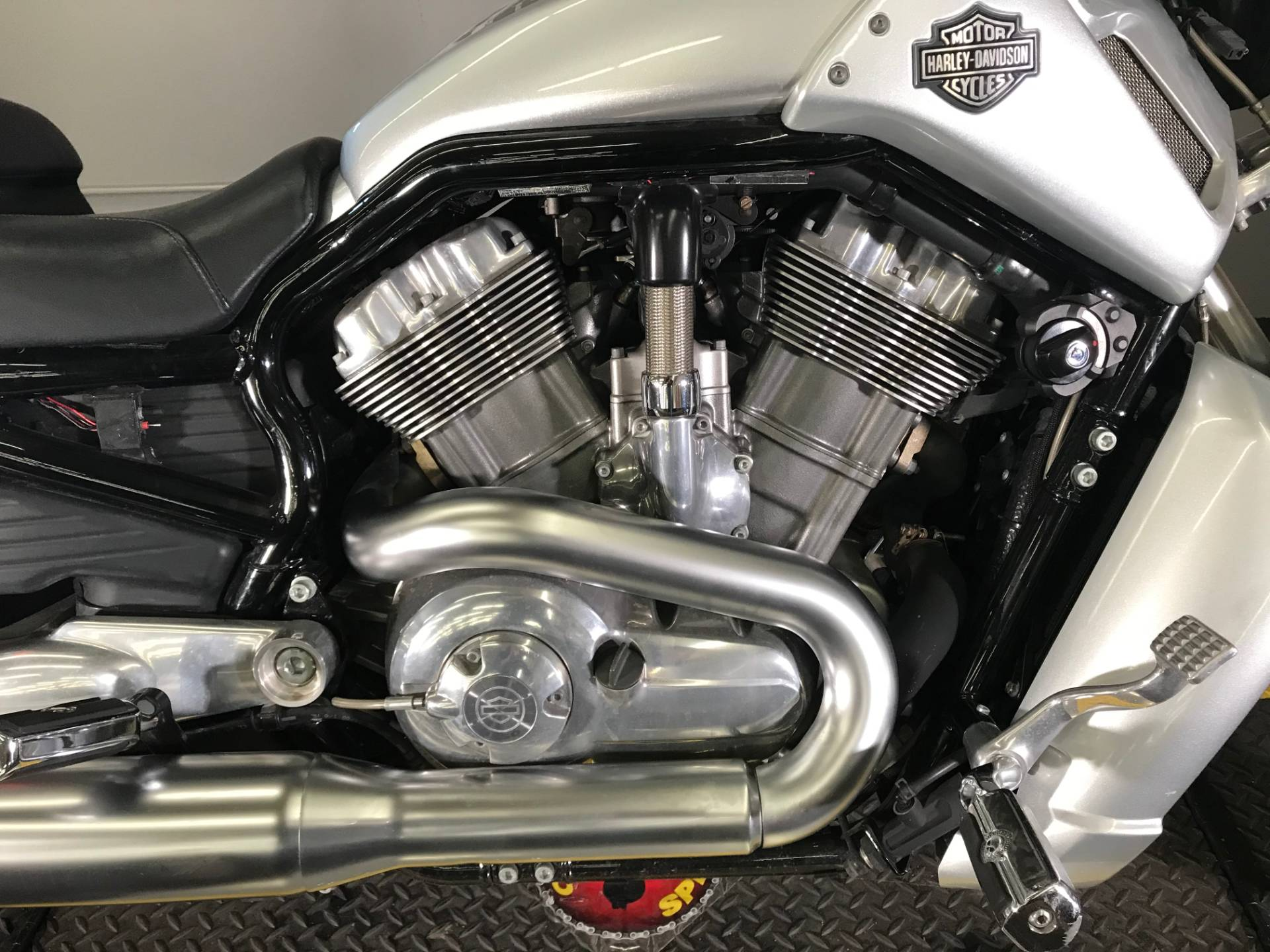 2009 Harley-Davidson V-Rod® Muscle™ in Tyrone, Pennsylvania - Photo 3