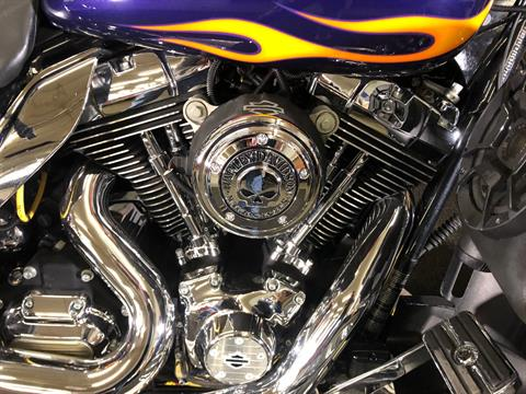 2012 Harley-Davidson Ultra Classic® Electra Glide® in Tyrone, Pennsylvania - Photo 6