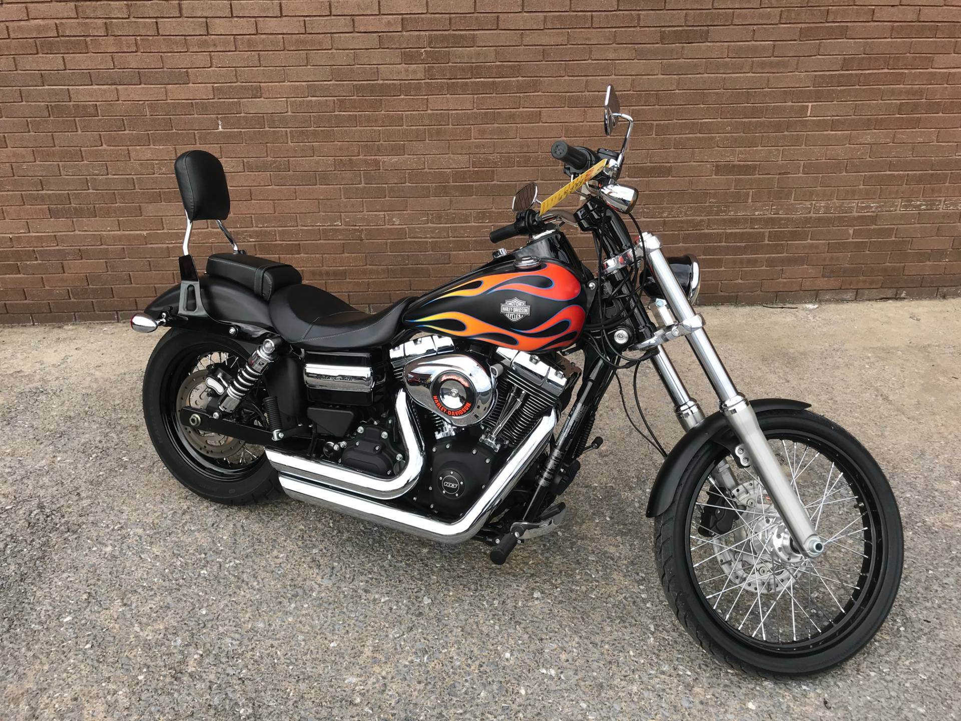 2015 Harley-Davidson Wide Glide® in Tyrone, Pennsylvania - Photo 2