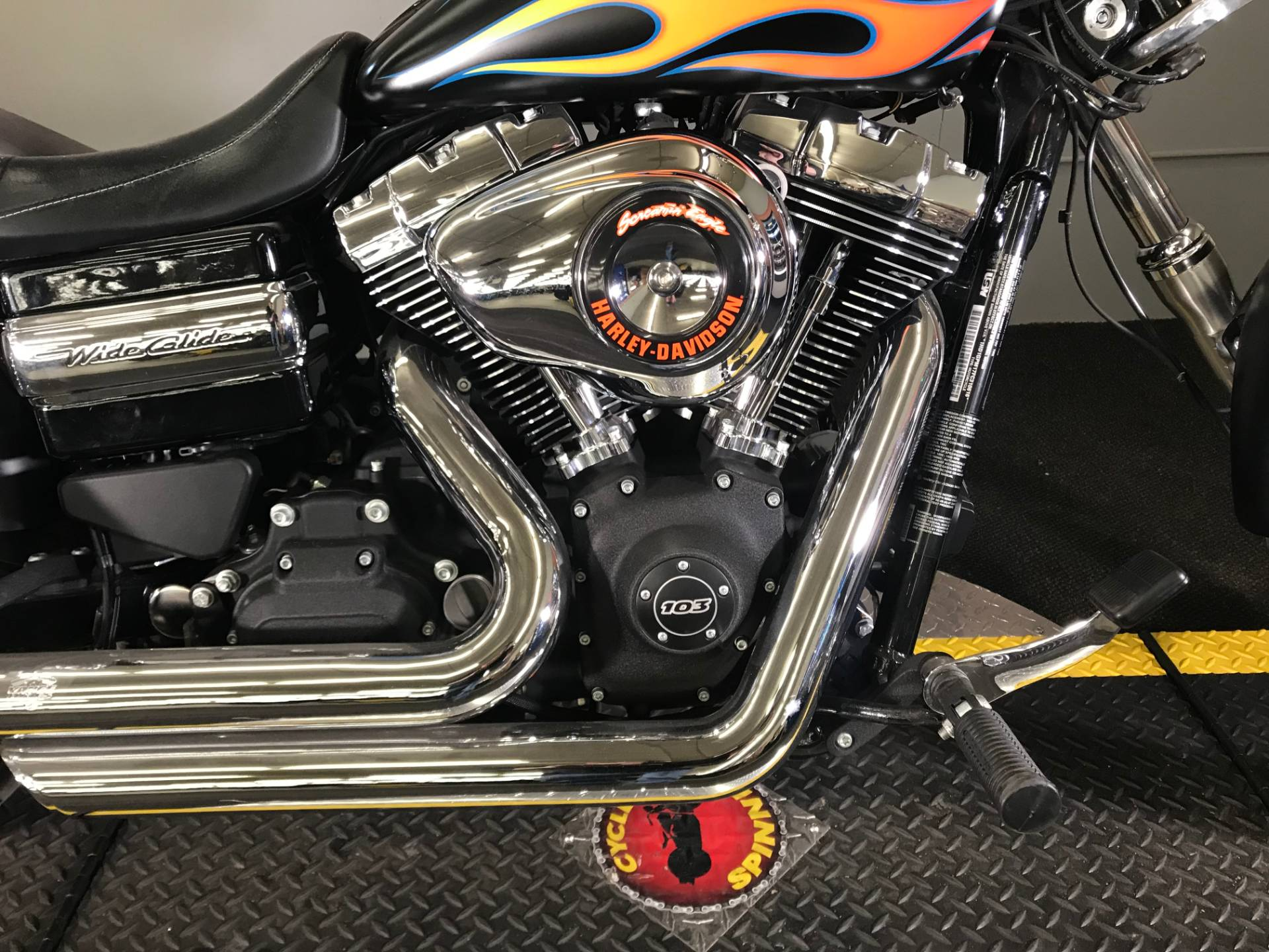 2015 Harley-Davidson Wide Glide® in Tyrone, Pennsylvania - Photo 3