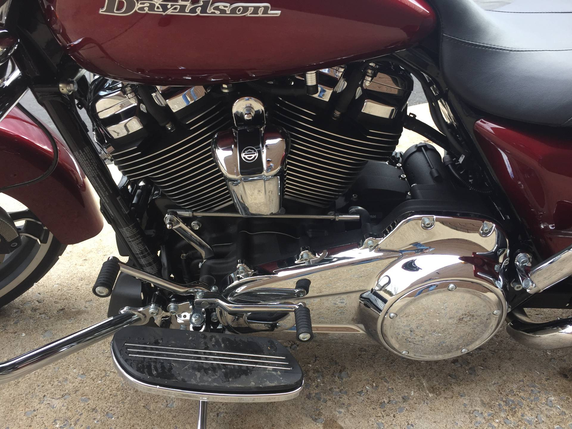 2017 Harley-Davidson Street Glide® in Tyrone, Pennsylvania