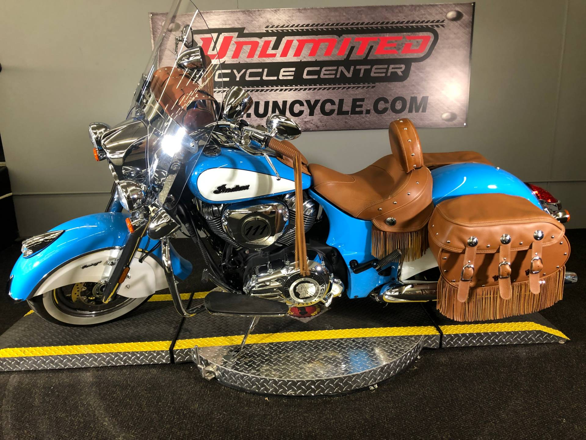 2018 Indian Chief® Vintage ABS in Tyrone, Pennsylvania - Photo 14