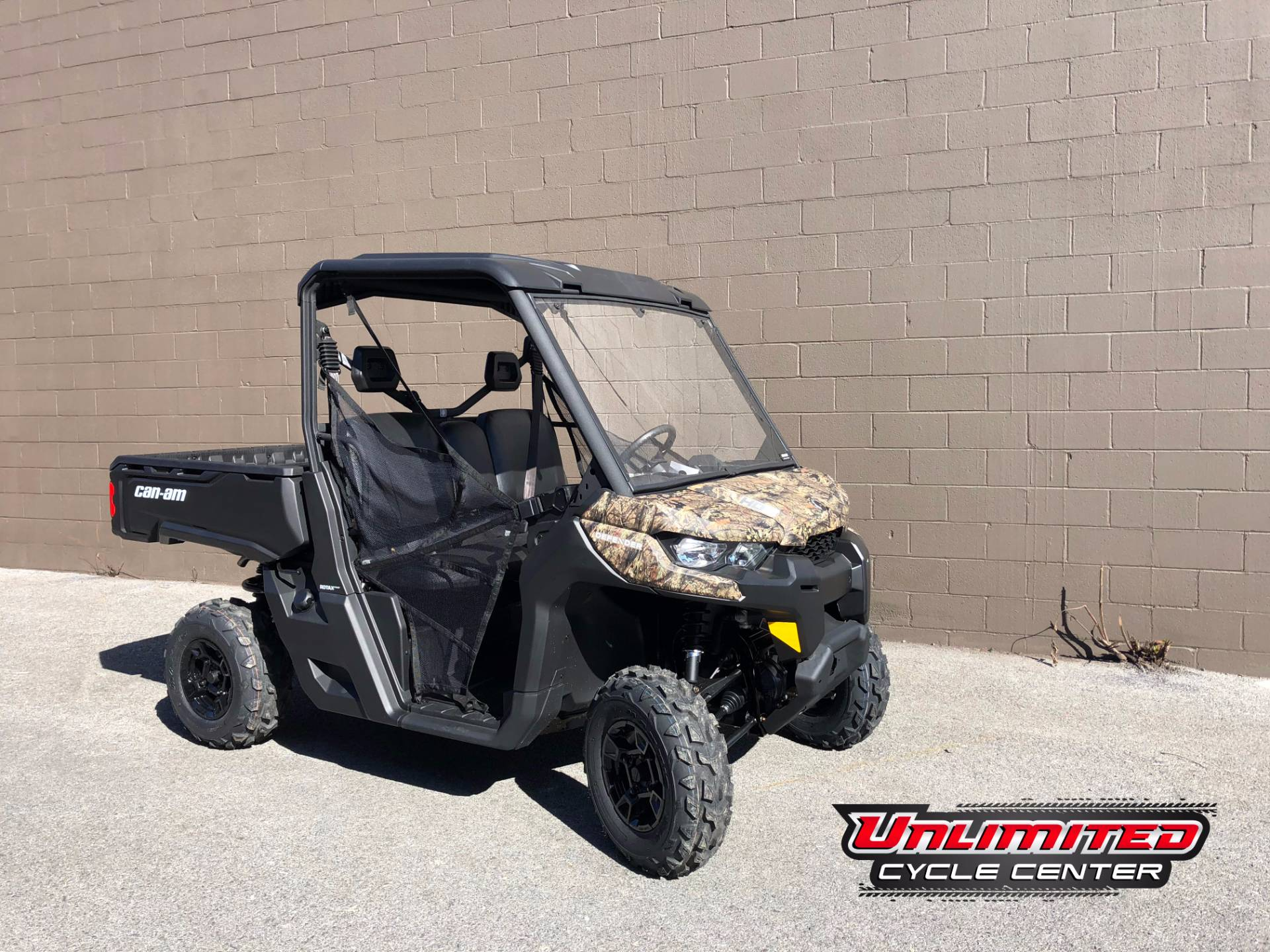 2018 Can-Am Defender DPS HD5 in Tyrone, Pennsylvania