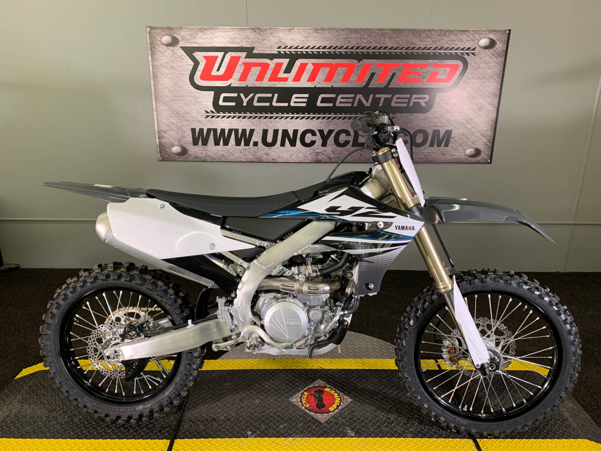 2020 Yamaha YZ450F in Tyrone, Pennsylvania - Photo 1