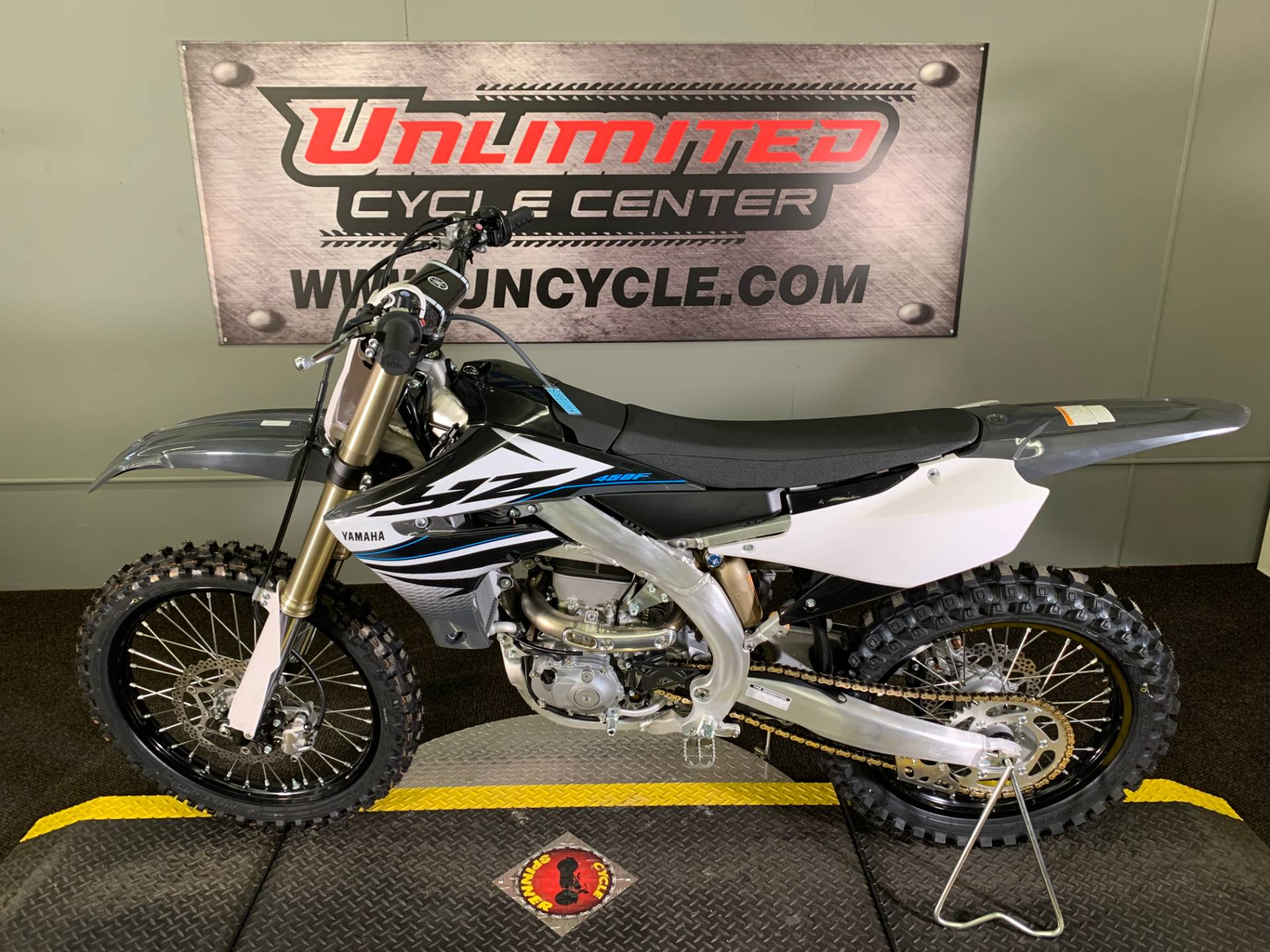 2020 Yamaha YZ450F in Tyrone, Pennsylvania - Photo 2