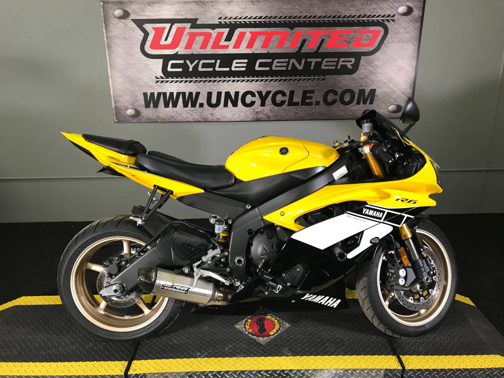 2016 Yamaha YZF-R6 in Tyrone, Pennsylvania - Photo 2