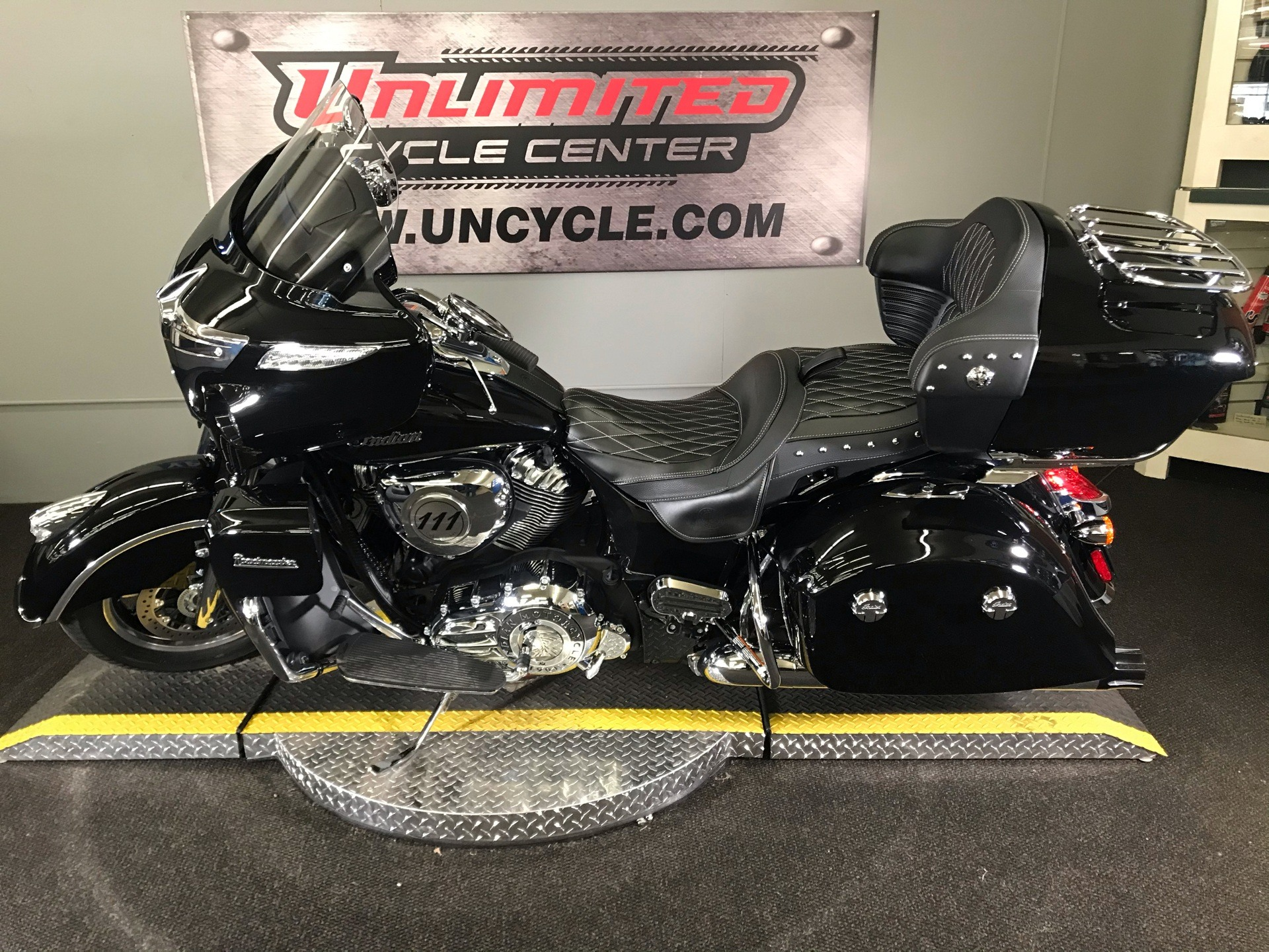 2019 Indian Roadmaster® ABS in Tyrone, Pennsylvania - Photo 7