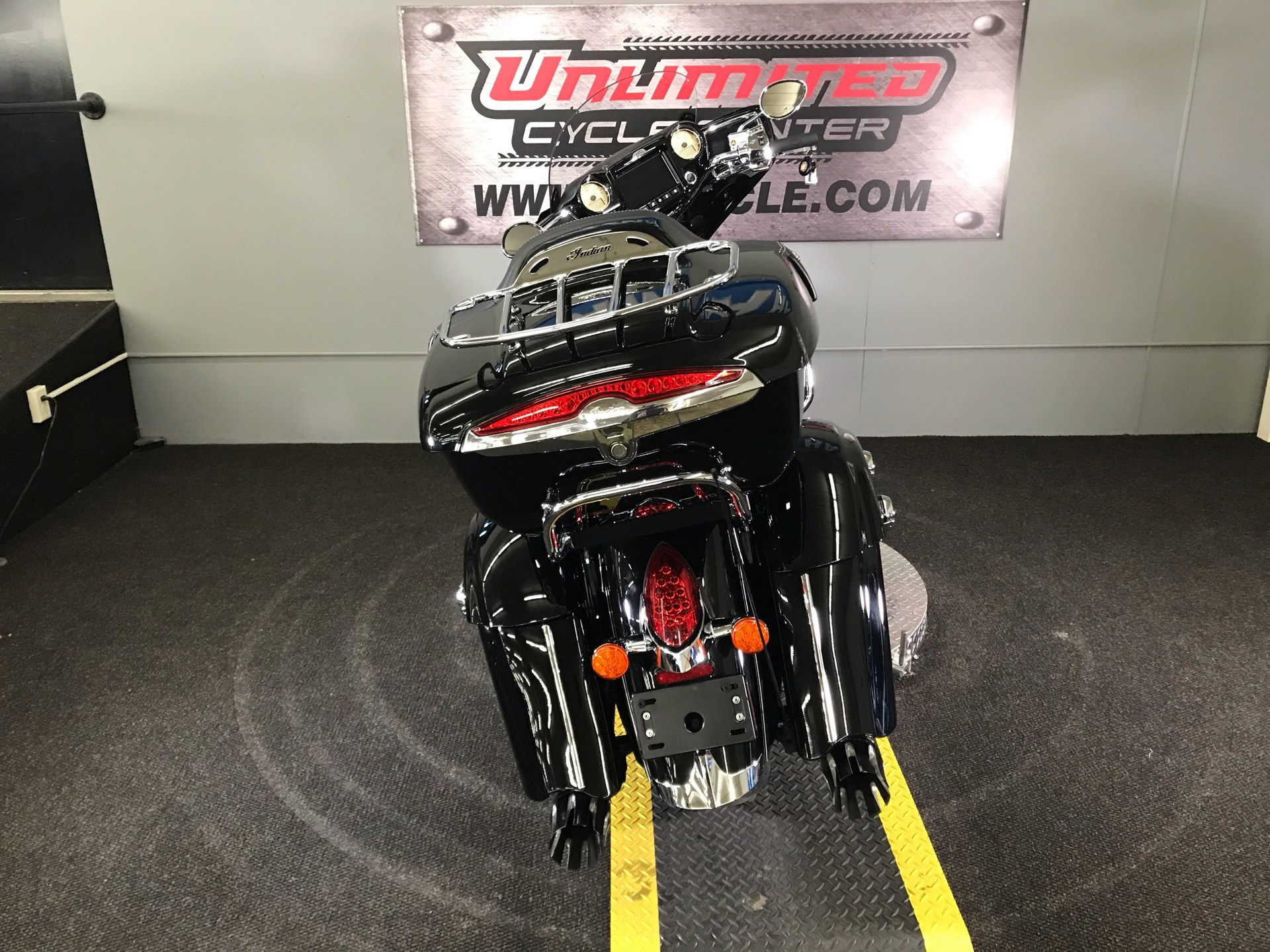 2019 Indian Roadmaster® ABS in Tyrone, Pennsylvania - Photo 11