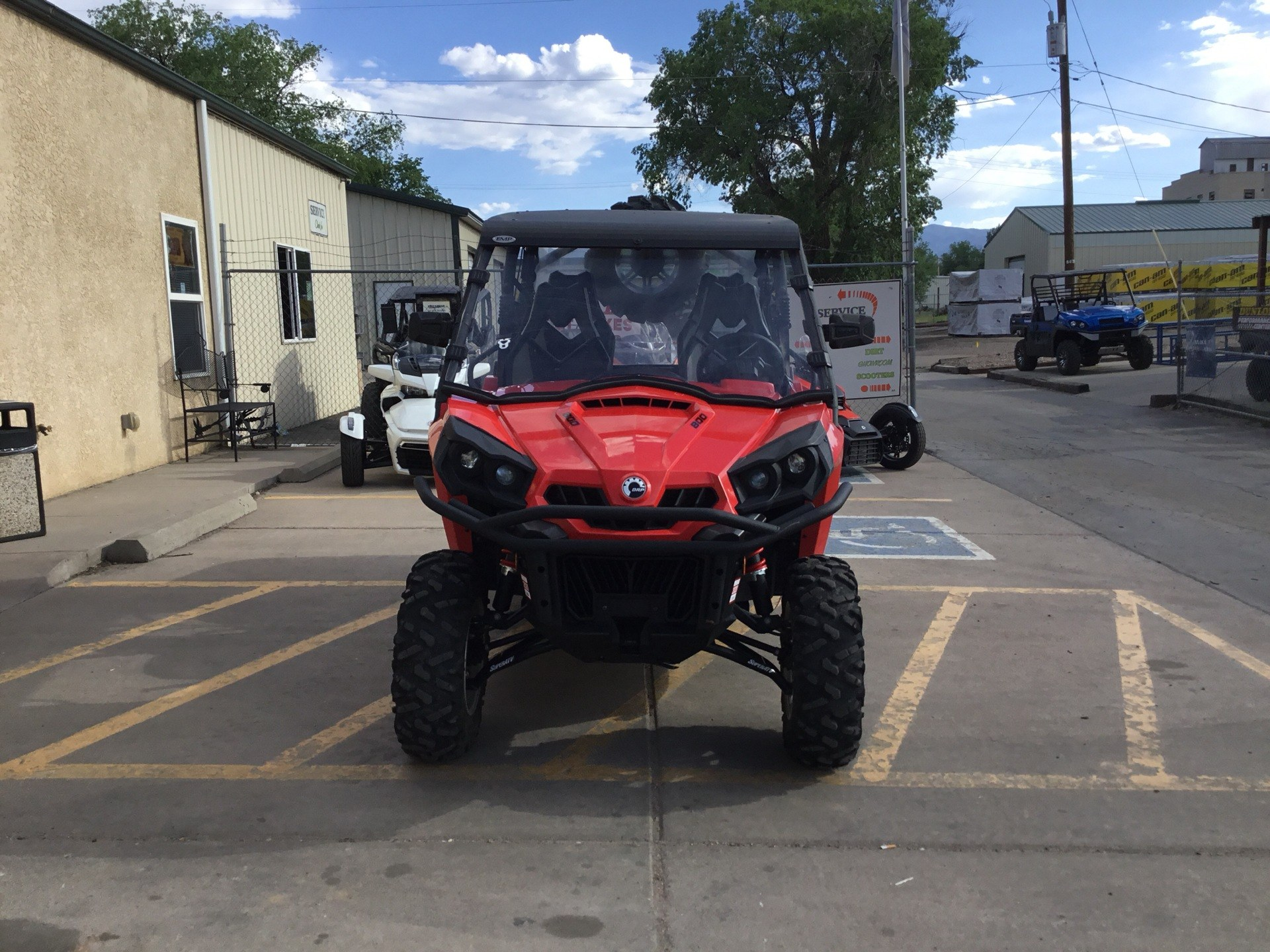 2017 Can-Am Commander MAX DPS 800R in Florence, Colorado - Photo 3
