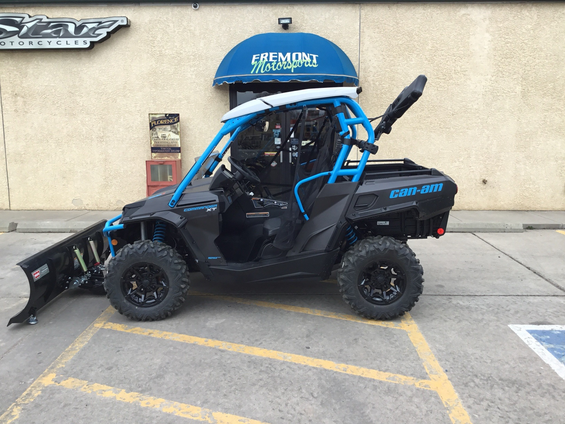 2019 Can-Am Commander XT 1000R in Florence, Colorado