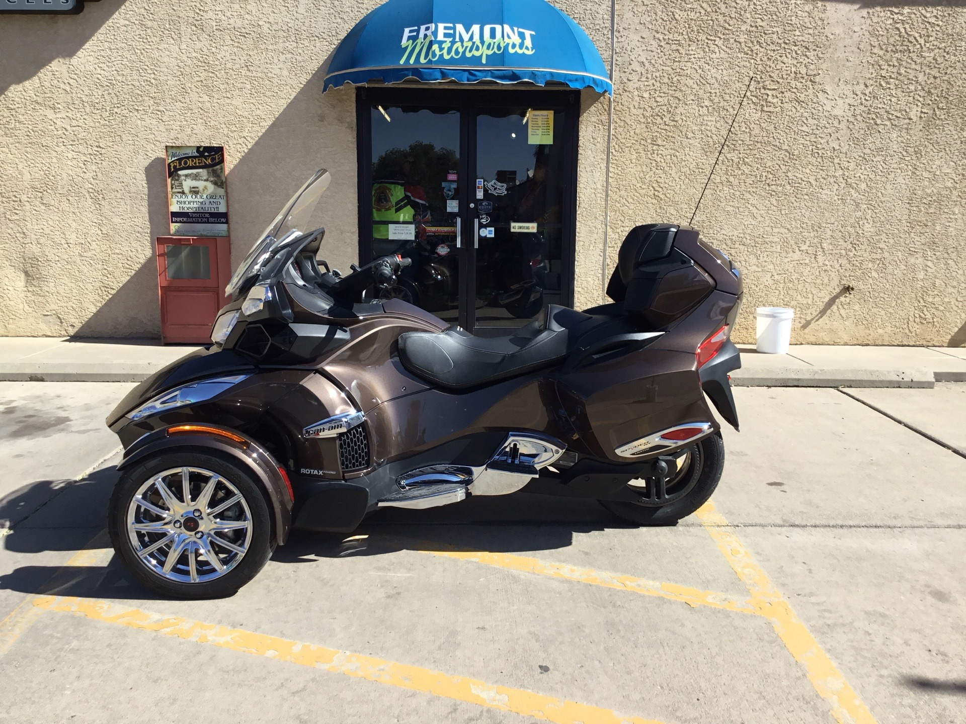 2013 Can-Am Spyder® RT Limited in Florence, Colorado - Photo 1