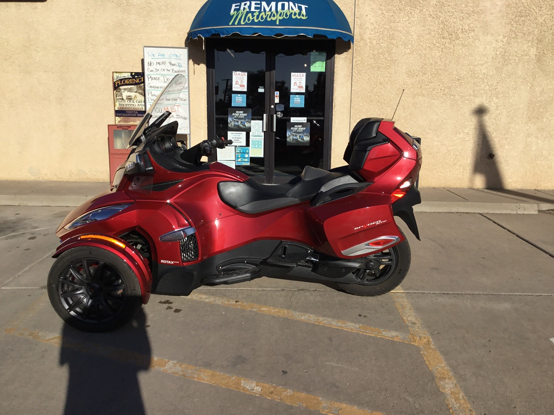 2016 Can-Am Spyder RT-S SE6 in Florence, Colorado - Photo 1