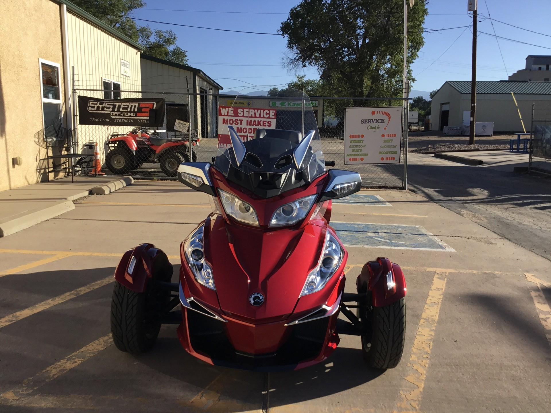2016 Can-Am Spyder RT-S SE6 in Florence, Colorado - Photo 4