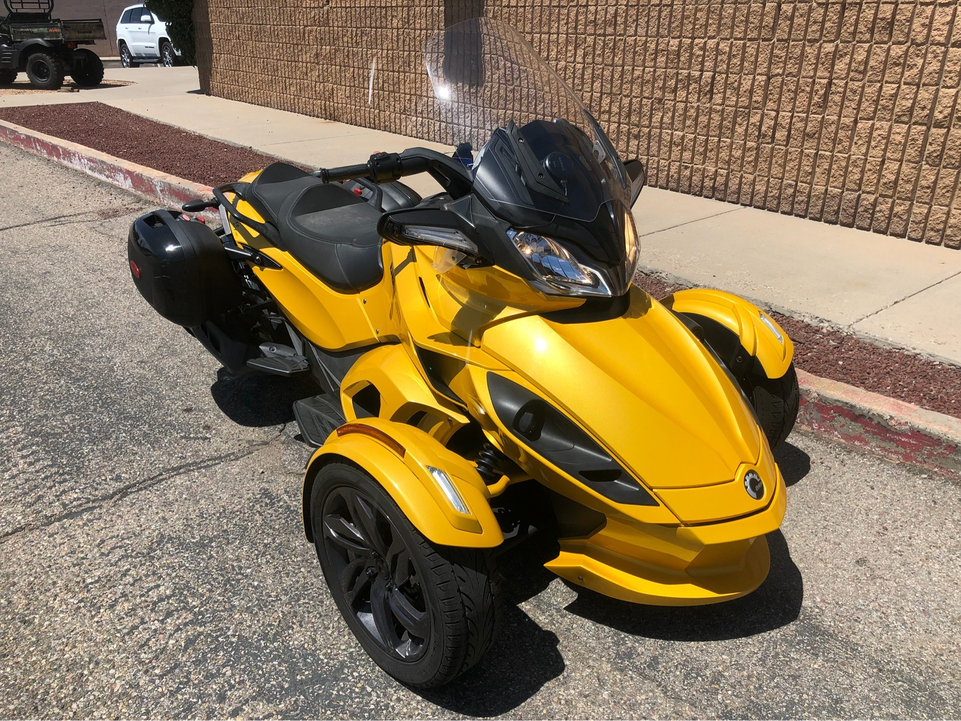 2013 Can-Am Spyder® ST-S SE5 in Albuquerque, New Mexico - Photo 3