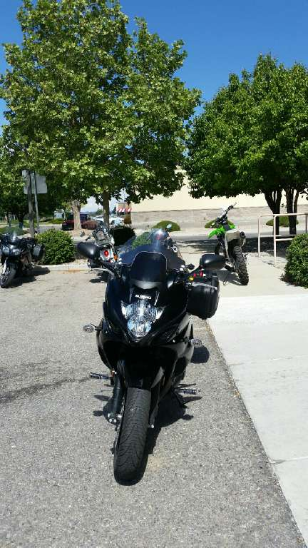 2011 Suzuki GSX1250FA in Albuquerque, New Mexico - Photo 3