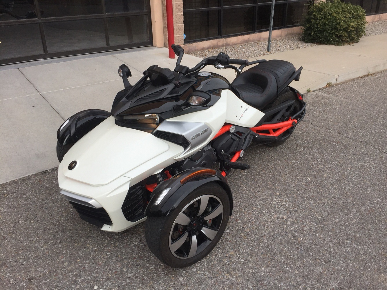 2015 Can-Am Spyder® F3 SM6 in Albuquerque, New Mexico - Photo 3
