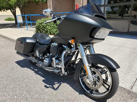 2016 Harley-Davidson Road Glide® in Albuquerque, New Mexico - Photo 2